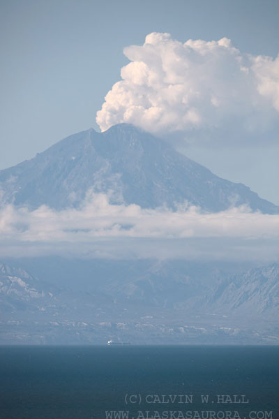 Redoubt-Volcano-steaming-w-.jpg